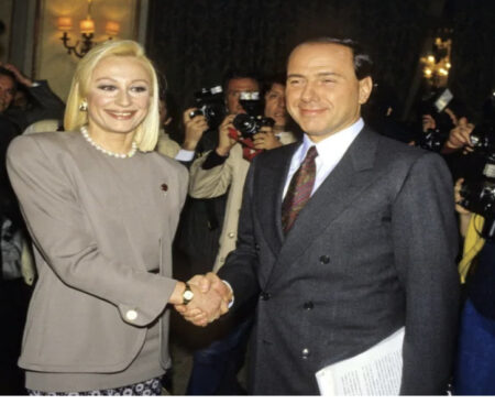Raffaella : Il RICORDO di Silvio BERLUSCONI