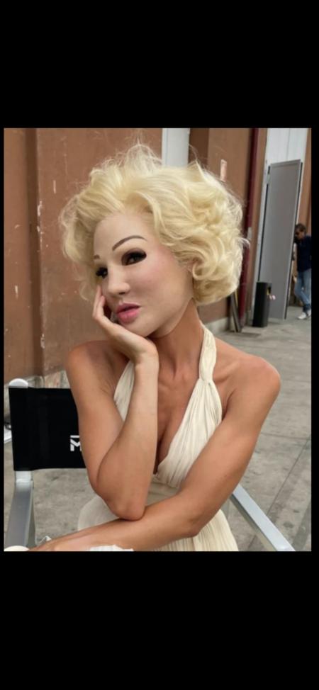 lary BLASI: NIENTEDIMENO che Marilyn MONROE