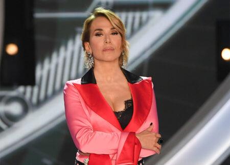 Barbara D'Urso RIDIMENSIONATA e c'è chi va in DEPRESSIONE…