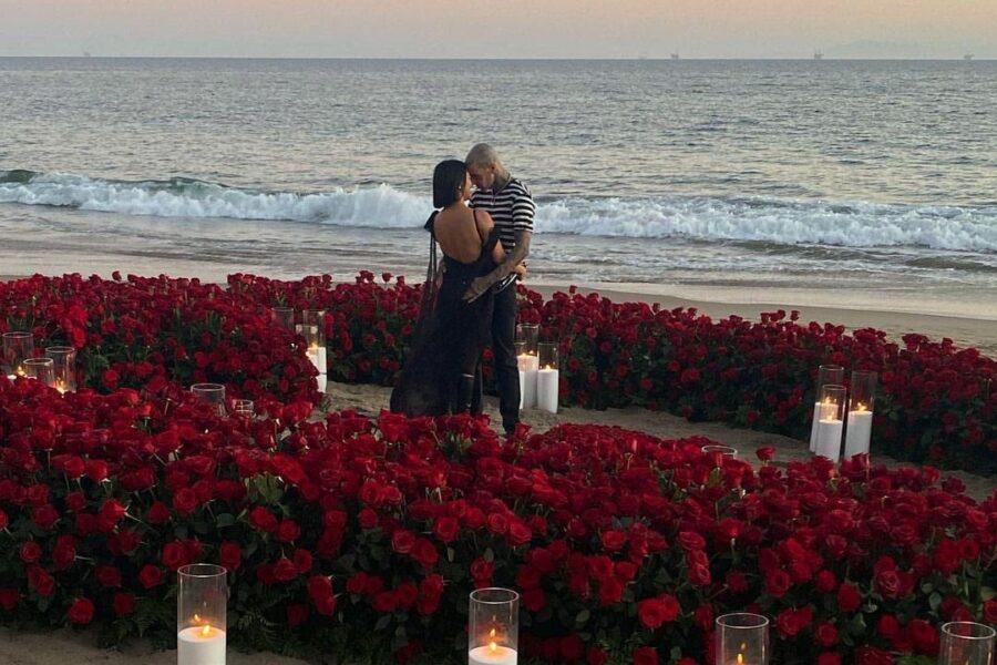 Fiori d'arancio per KOURTNEY Kardashian: ha ricevuto una MERAVIGLIOSA proposta di NOZZE.